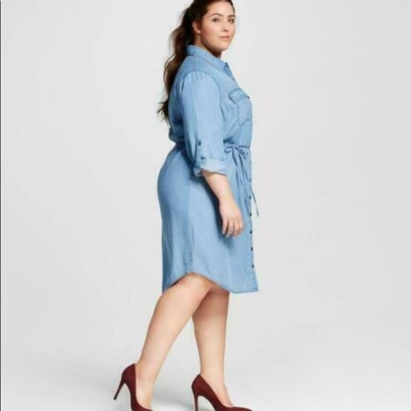 Plus Size Denim Shirt Dress Lightwash NWT